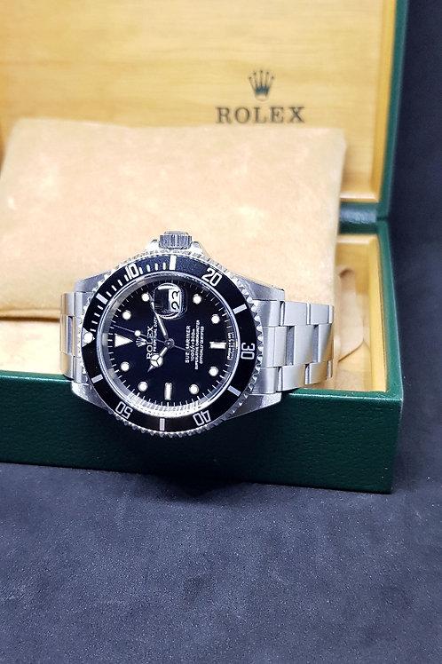 Rolex Oyster Perpetual Tritium Submariner Date (S) REF: 16610