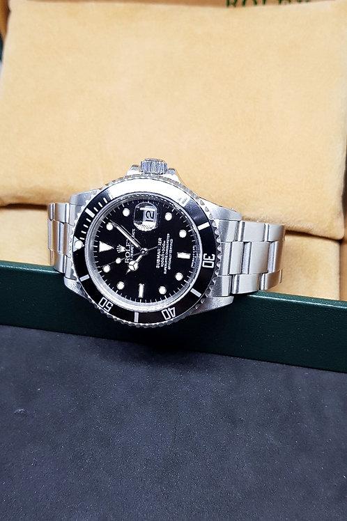 Rolex Oyster Perpetual Date Tritium Submariner REF: 16800