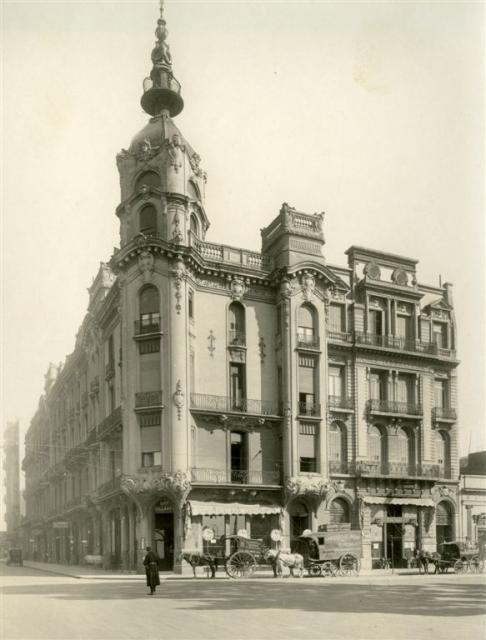 Foto del edificio original hacia 1920