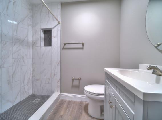 Ranch East Room 6 Bathroom 1.JPG