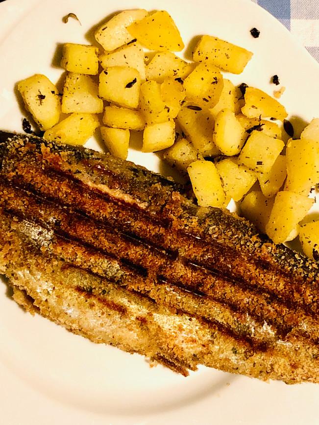Trota grigliata con patate arrosto