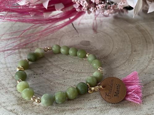 Perlenarmband, grün matt