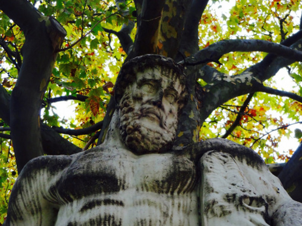 One of the many statues in the Jardins des Tuileries. Autumn was great for this stroll with all the falling leaves.