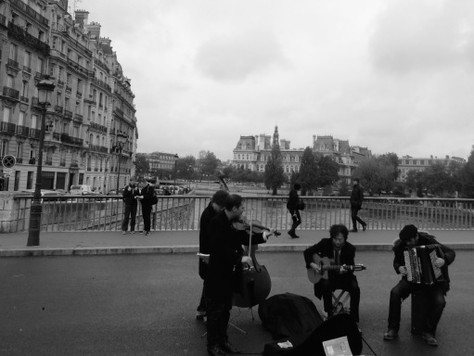 10 Days in France…Scenes from Our Time in Paris (B&W)