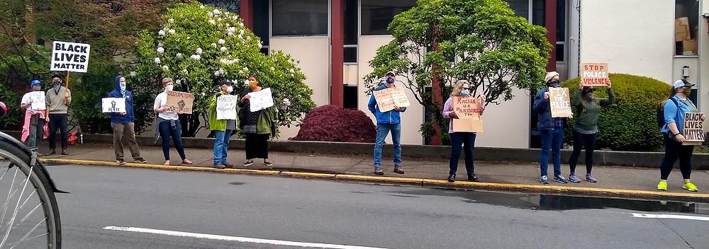protest-Astoria2