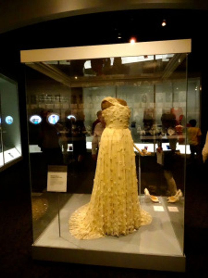 Michelle Obama's inauguration dress.  So lovely.