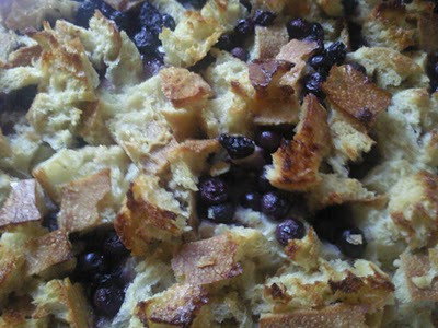 Blueberry Bread Pudding (HOLLA to Pearl for the idea!)