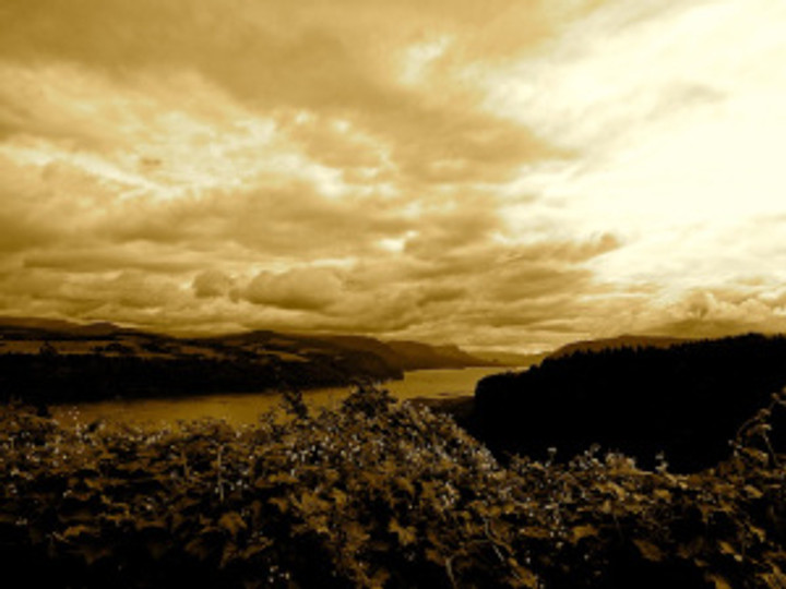 a getaway up to the Columbia Gorge with friends...
