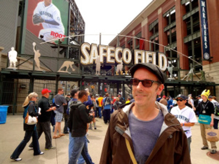 """Mariners vs. Pirates!  Dan's first American baseball """"match"""" - and a great day for a ballgame!"""