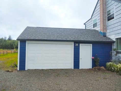Before + After: Garage Siding (…while saving a ton!)