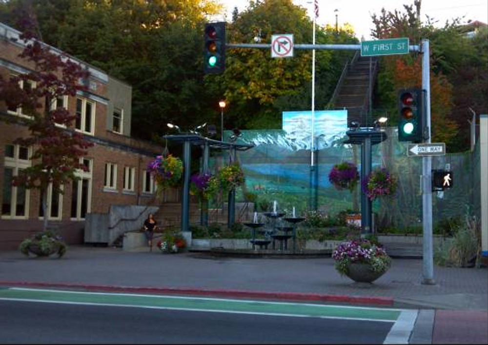 Port Angeles - love this li'l place and the beautiful street murals!