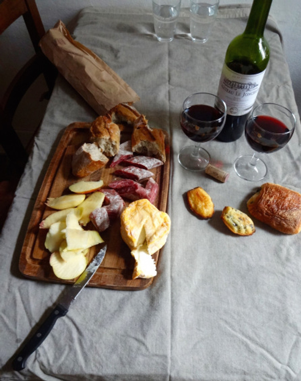 After finding the Canal St Martin to be underwhelming compared to the last time I was here (a river of floating garbage? really?!! ew...), we picnicked in our flat with yummies picked up from the fromagerie, boulangerie, butcher and more. Bon appetit!
