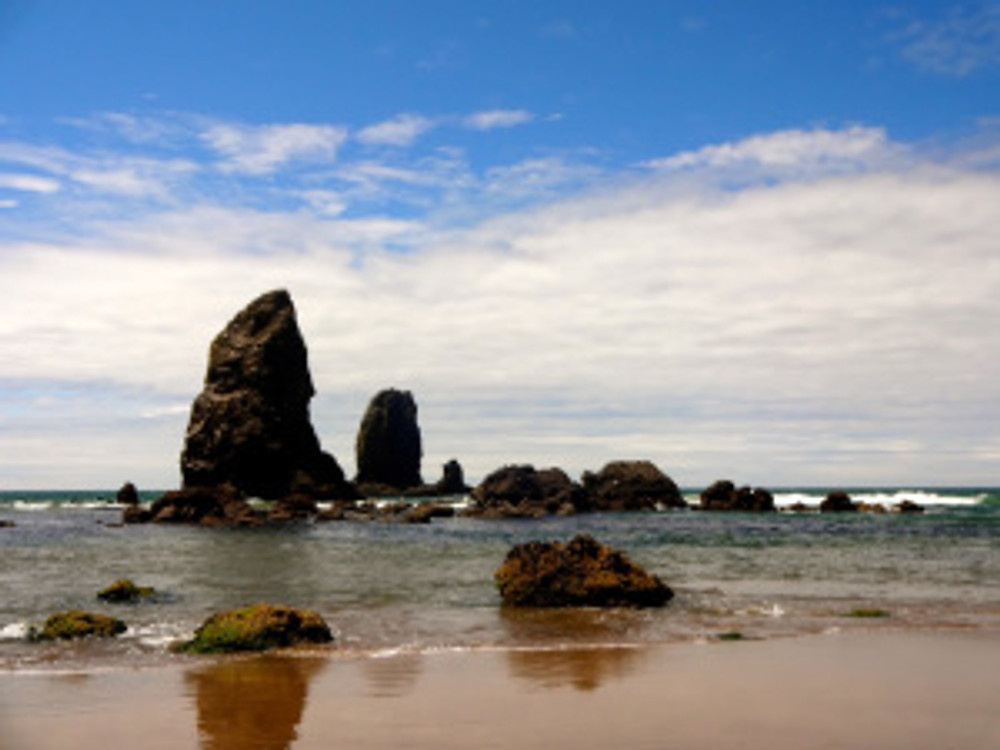 Cannon Beach - what a gorgeous day that greeted us on our arrival!