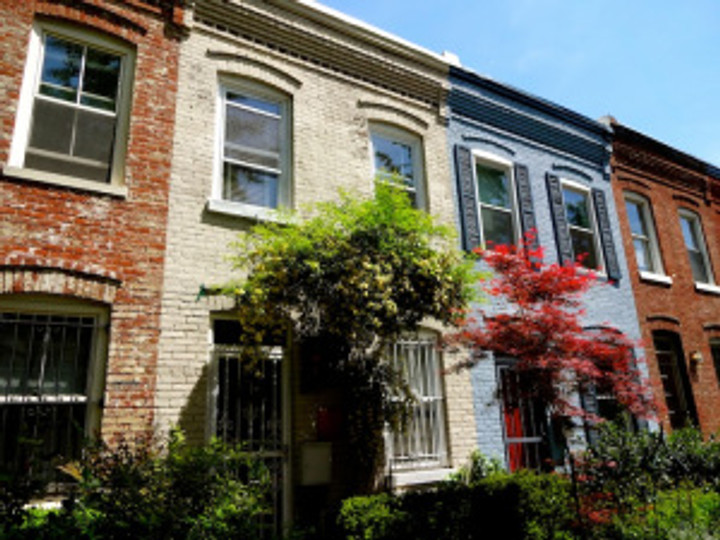 My friend's rowhouse.  LOVE these!  Super close to the Metro and I love the little front and back yards,