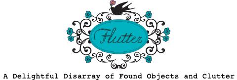 Hubby went out on his bike to grab a few last minute stocking stuffers so I played around over on Mississippi over at Flutter, where I snagged a super cute vintage black handbag :) (image source)