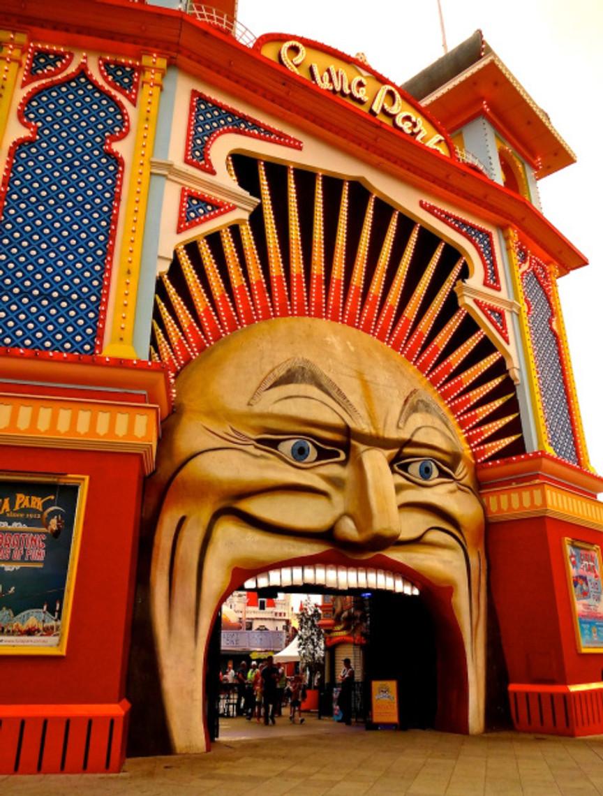 The obligatory shot of Luna Park :)
