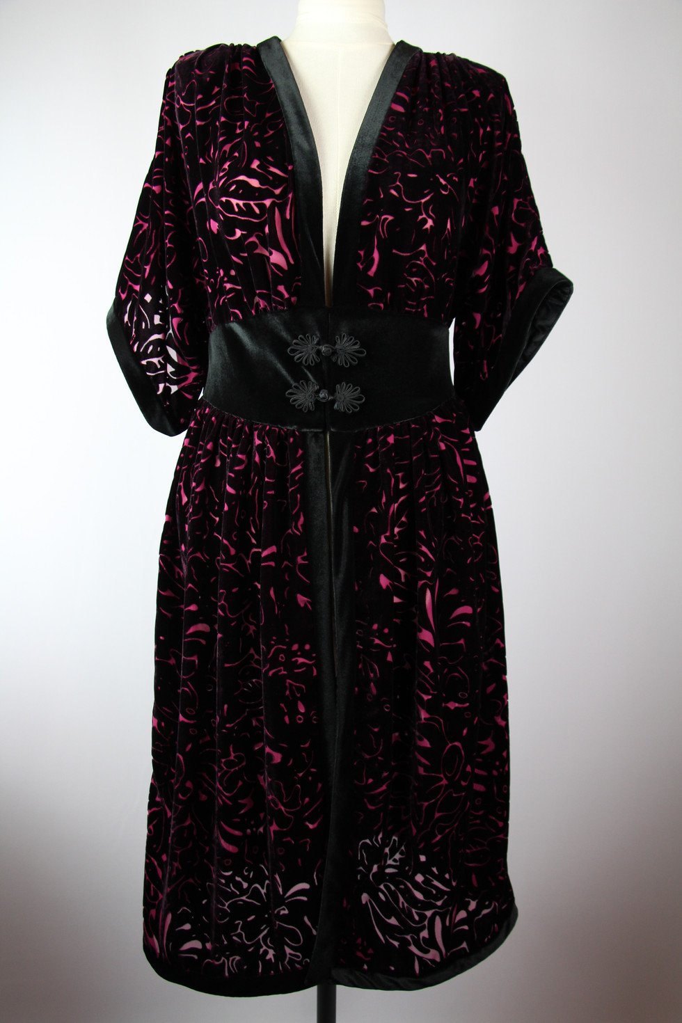 Veronica Dressing Gown