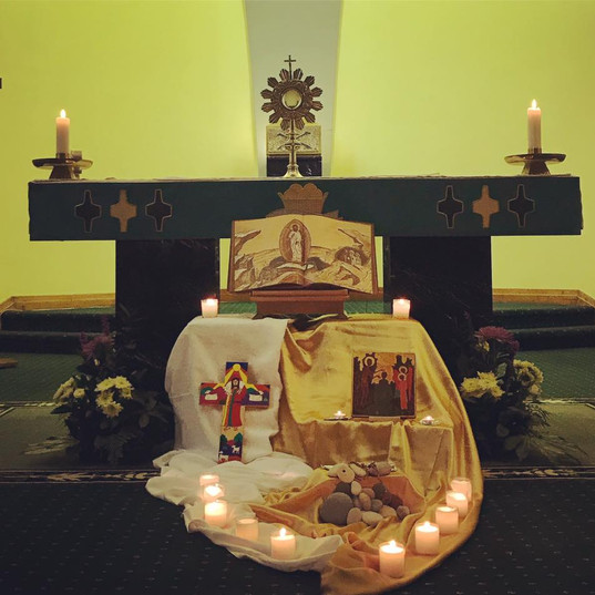 Holy hour with the Blessed Sacrament
