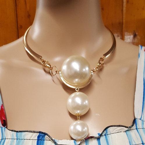 Short Golden Necklace