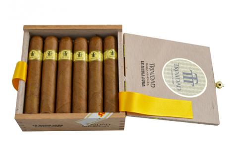 Trinidad Media Luna - Box of 12 Cigars