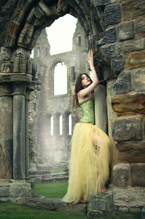 Queen of Fallen Kingdom