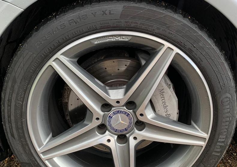Front Left Wheel 1.JPG