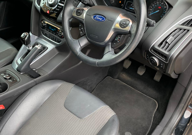 Seats Right 1.JPG