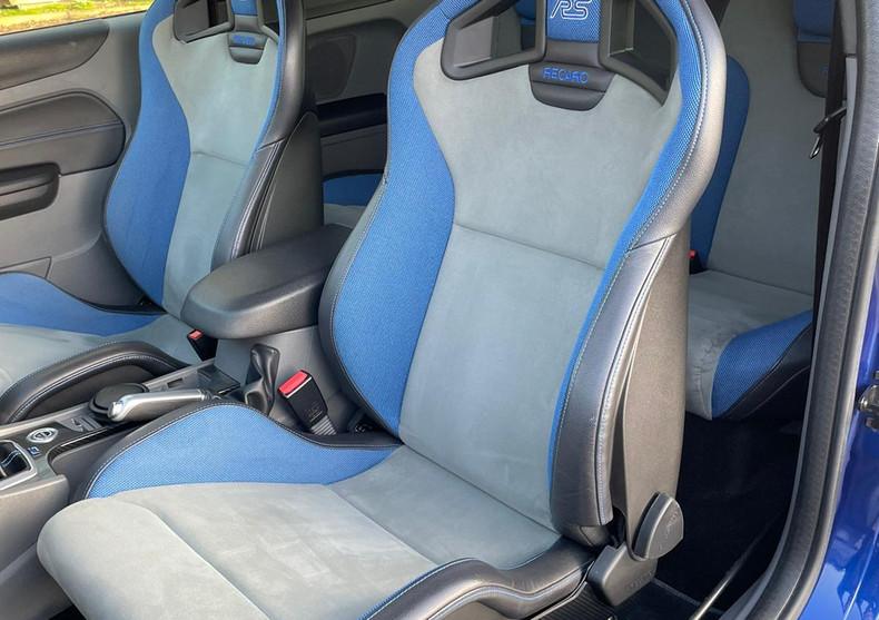Seats Front Left Back 1.JPG