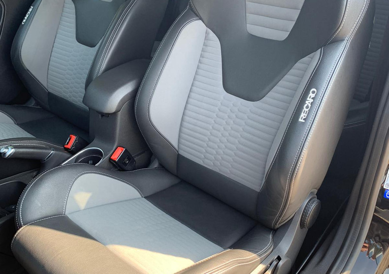 Front Seat Passanger Back 1.JPG