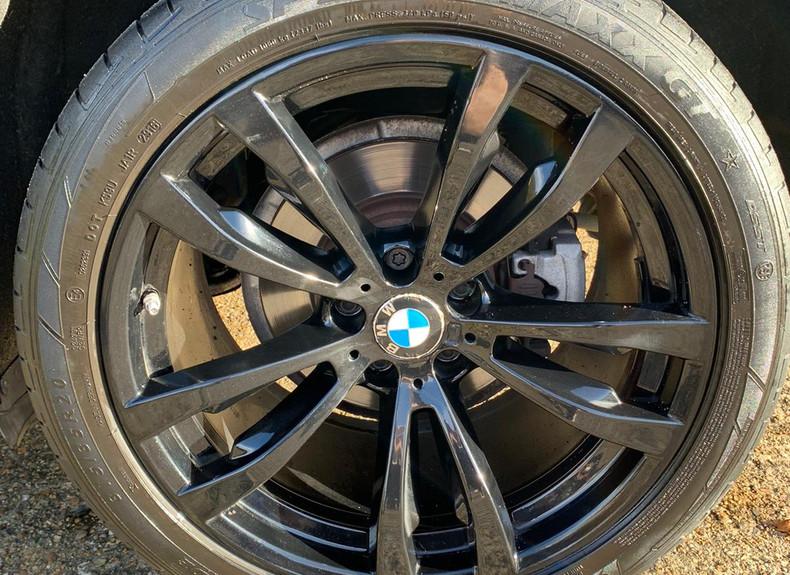 Wheel Left Rear 1.JPG
