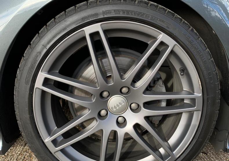 Wheel Front Right 1.JPG