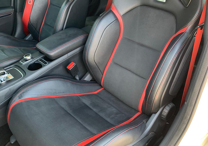 Seats Front Passanger Back 1.JPG
