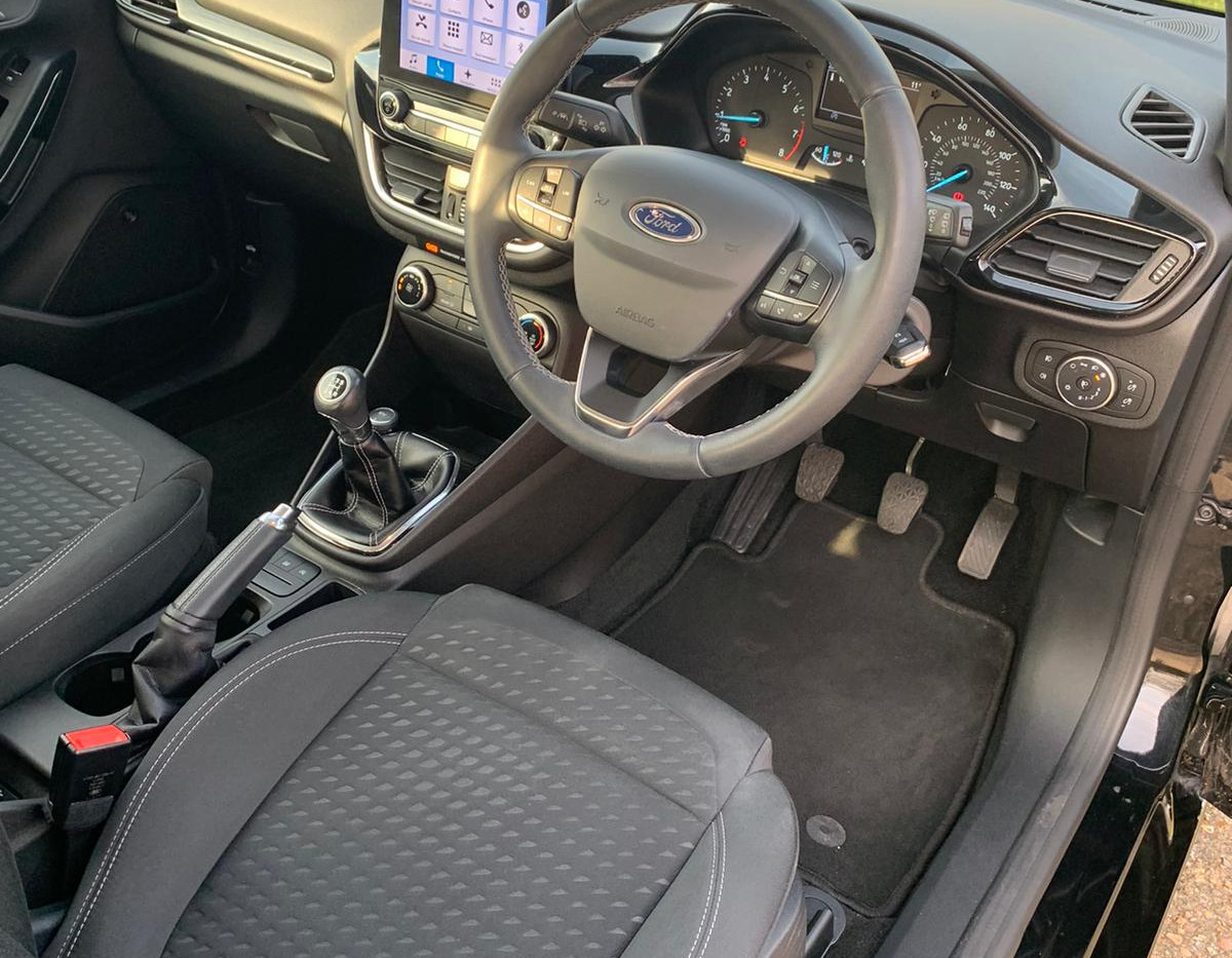 Seats Front Right 1.JPG