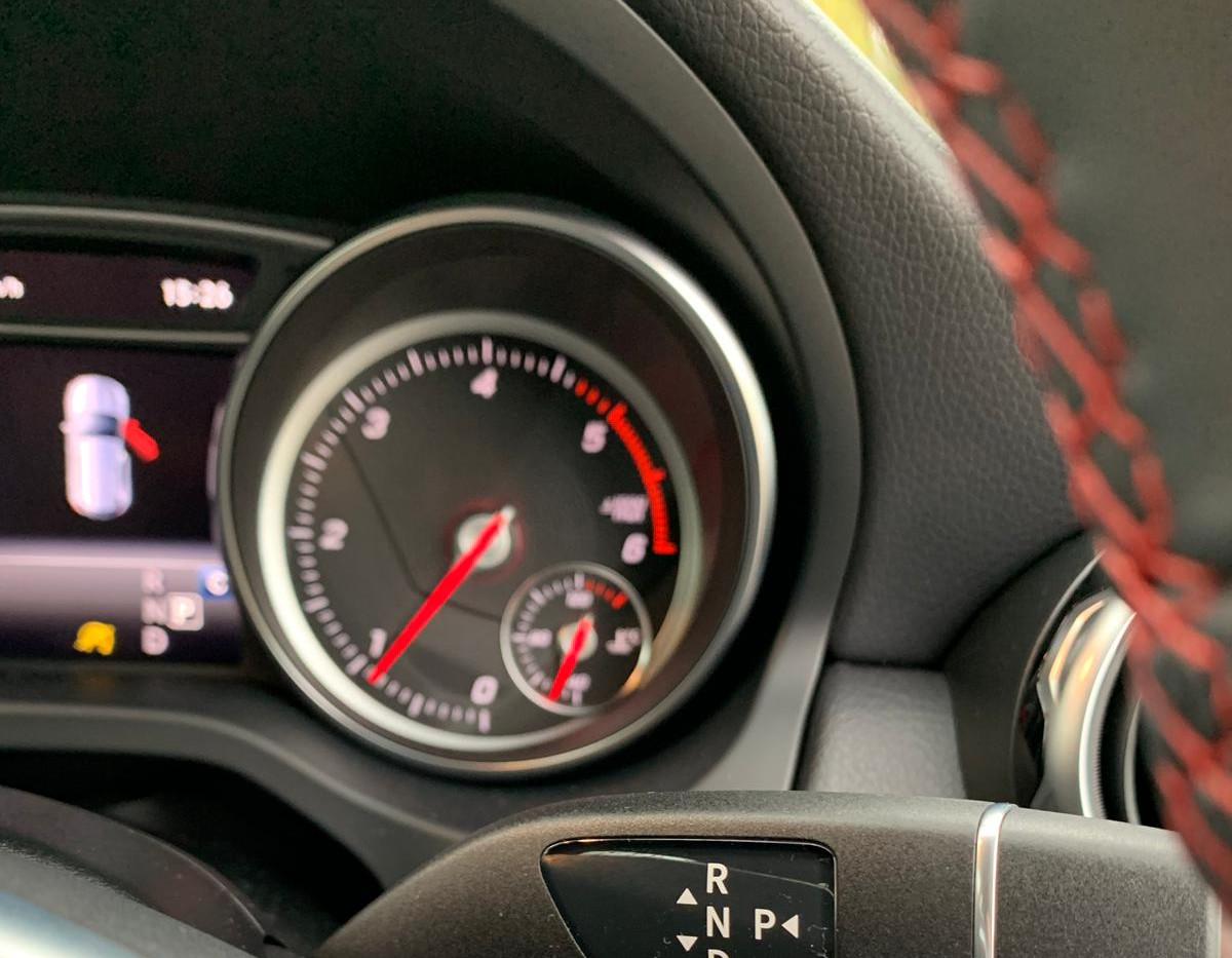 Steering Wheel Close 2.JPG