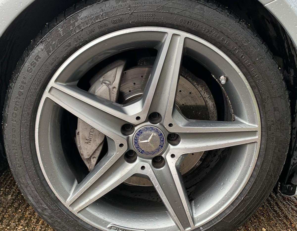 Front Right Wheel 1.JPG