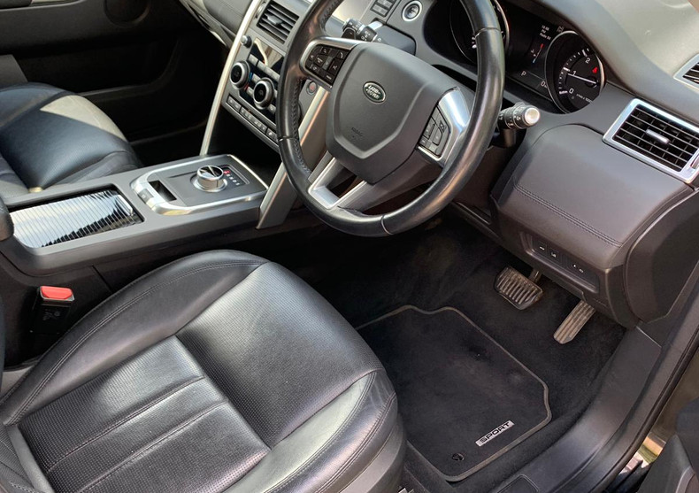 Seats Front Right 2.JPG