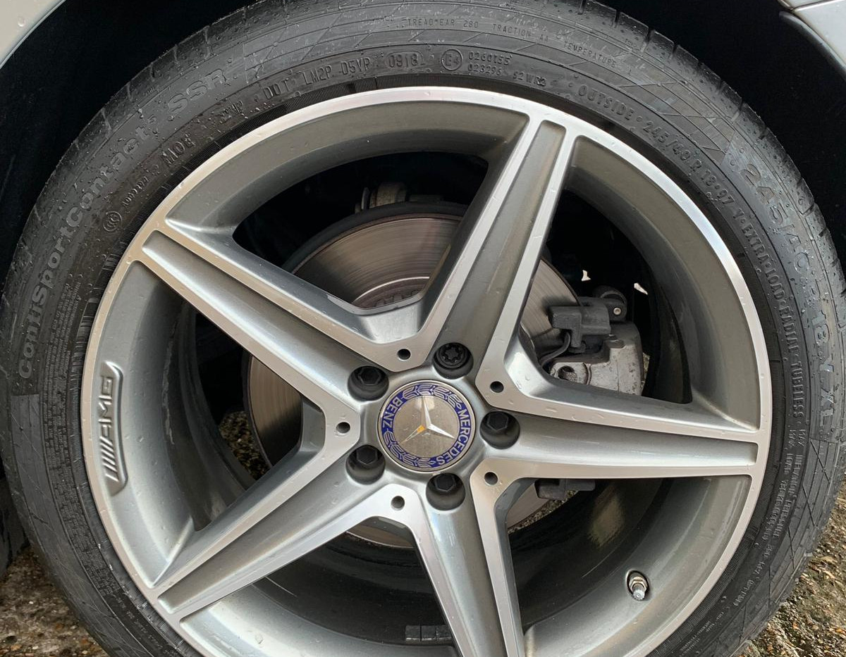 Rear Left Wheel 2.JPG