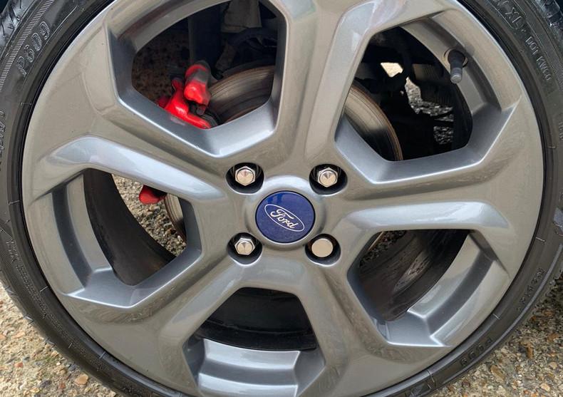 Wheel Rear Left 1.JPG