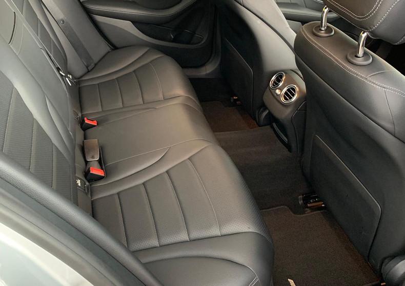 Seats Rear Right 3.JPG