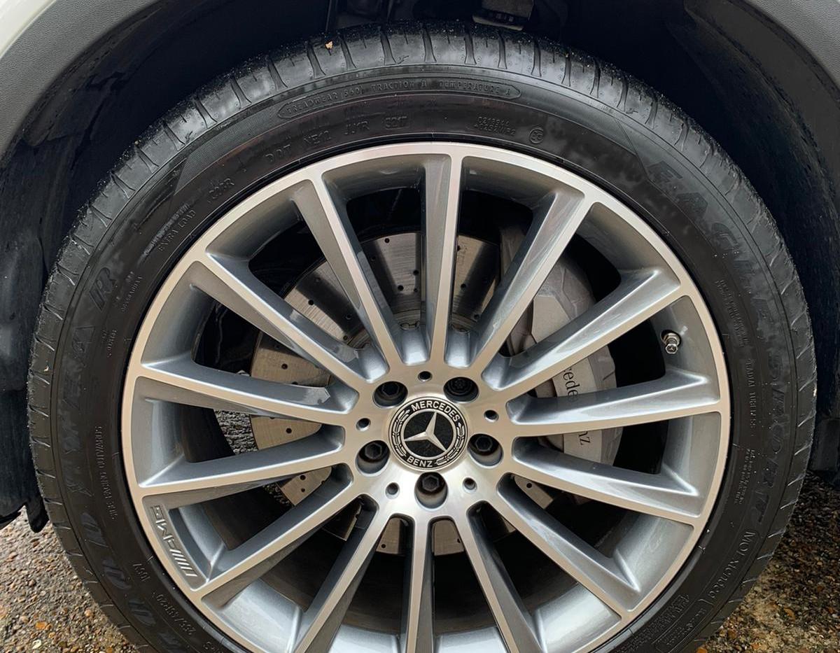 Wheel Left Front .JPG