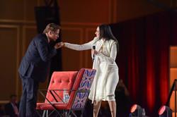 John Travolta kiss
