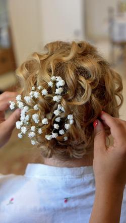 floral wedding hair.