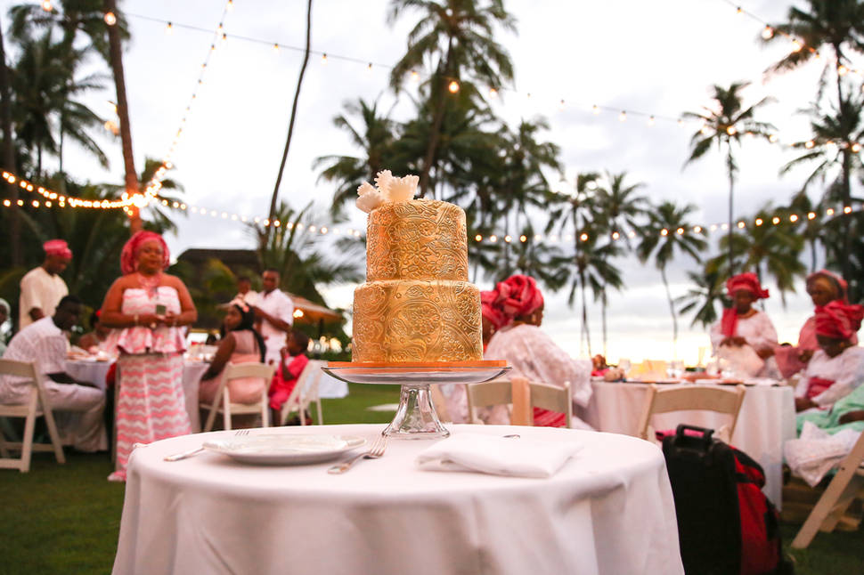 Chris BoChris Boulware Photographyulware - Hawaii Wedding Photographer