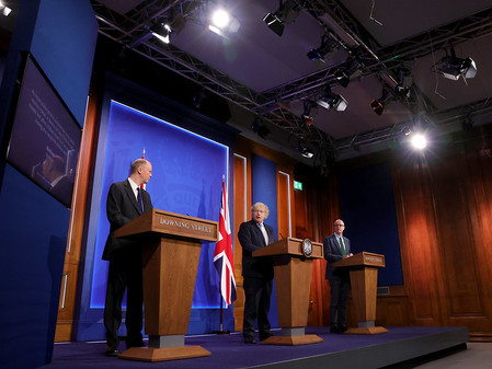 The UK Press Briefing Room: Transparency and Open Government or Imported Theatrics?