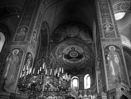 The Ukrainian Orthodox Church breaks away from Russia