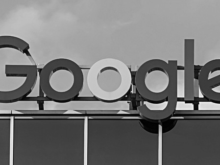 """Should we keep the """"Tech Giants"""" politically neutral?"""