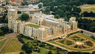 Windsor Castle tours / www.windsortaxitours.com
