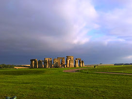 Stonehenge & Windsor Castle  private tours  ww.windsortaxitours.com