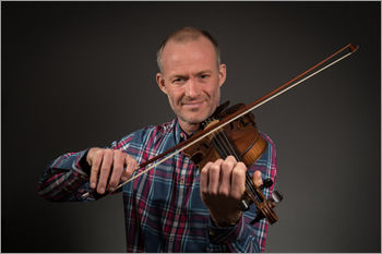 Fiddle with Alistair McCulloch