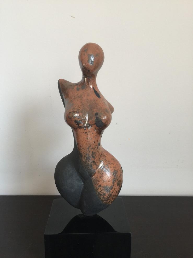 Venus  Raku-Paraty
